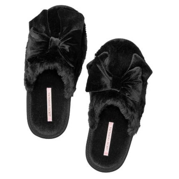 7e768f38b0cea Victoria's Secret Black Velvet Bow Slippers LARGE NWT